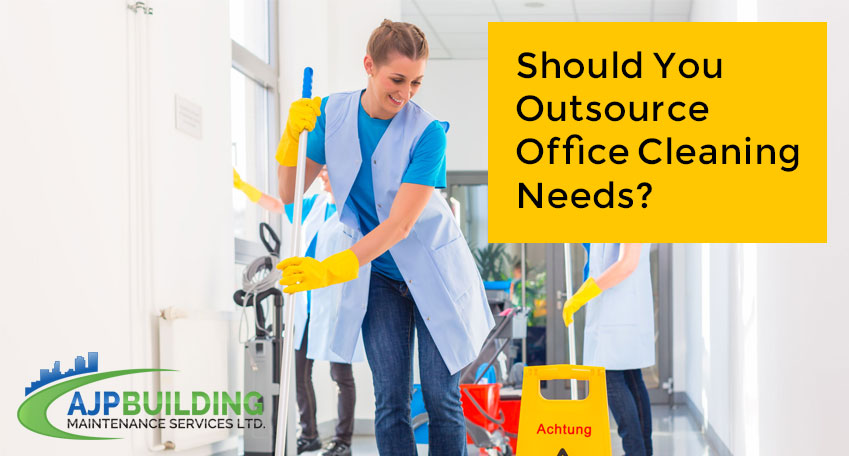 Should-You-Outsource-Office-Cleaning-Needs